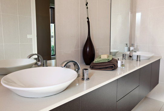 Solutions to Reduce Clutter in Bathrooms